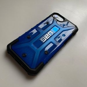 Urban Armour Gear (UAG)
